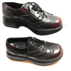 Dansko Mahogany Nursing, Walking Tie Shoes.